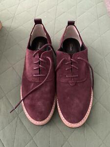 Clarks Shoes Men Size 10 Maroon Suede