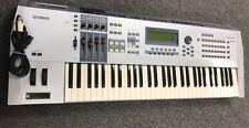 Yamaha MOTIF ES6 61-Key Music Production Synthesizer Keyboard/Good Condition