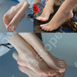 A pair of feet Realistic Silicone A double-foot Female Girl Model Mannequins HOT
