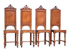 Série de 4 chaises style renaissance noyer