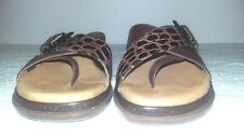 Clarks Womens Cross Strap Buckle Thong Sandal Brown size 6 1/2 M