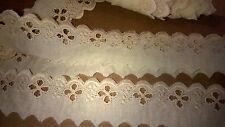2 m de dentelle 100% coton  col beige/ecru  3,5 cm