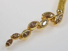 Handgefertigter Echtschmuck aus Gelbgold mit Diamant-Hauptstein für Damen