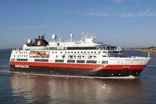 SOUVENIR FRIDGE MAGNET of CRUISE SHIP FRAM - HURTIGRUTEN