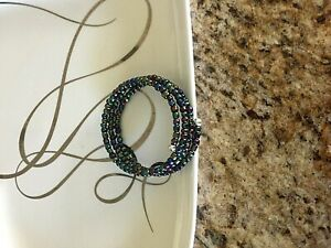 USA HANDCRAFTED BEADED WIRE WRAP BRACELET