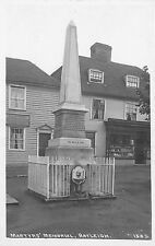 POSTCARD   ESSEX   RAYLEIGH    Martyrs'   Memorial       RP