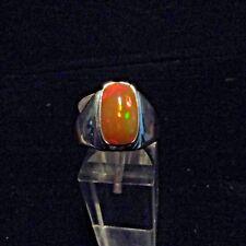 Ring, Gr.61  Silber 925 mit einem Opal Cabochon aus Äthiopien