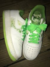 NIKE WOMEN'S AIR FORCE 1 LOW WHITE/LIME GREEN SIZE 7.5, 315115-118