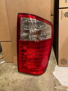 2006-2010 Kia Sedona Passenger Side Right Taillight Tail Light