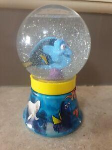 Finding Dory Snow Globe - Disney