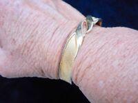 Authentic Vintage-1970's MONET Gold Tone Mesh Weave Clamper Bracelet