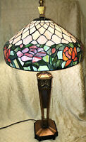 Gorgeous Large Tiffany Style Victorian Table Lamp Shade Gold Gilt Bottom