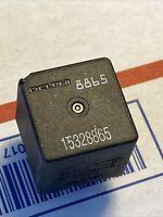 Pontiac Aztek Buick Rendezvous GM 15328865 cooling fan blower relay 8865