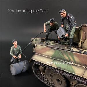 WAR PARK MINIATURES 1:30 WW2 GERMAN KU075 WEHRMACHT TANK CREW REFUELING