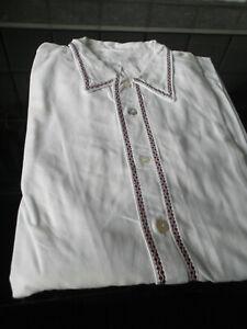 Herrennachthemd weiß weinrote Borte   Langarm gr.56 ? Masse in der Beschreibung