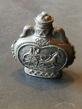 tabatière flacon opium chine XXe métal char attelé au galop orné de turquoises