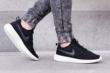 NIKE ROSHE TWO Running Trainers Gym Casual - UK 8 Size (EUR 42.5) Black / White
