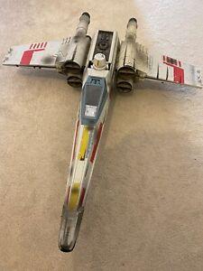 Hasbro Star Wars: Empire Strikes Back 2002 Skywalker's X-Wing Fighter w/ Figs