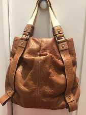 Authentic Preowned CAROLINA HERRERA Leather Handbag!! Great condition!!! FRIBAN