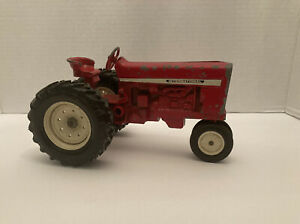 Diecast ERTL IH Internatinal Harvestor Toy Farm Tractor Vintage Used