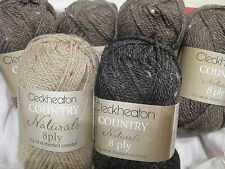 AUSSIE ANIMALS KNITTING KITS CLECKHEATON COUNTRY NATURAL 8 PLY YARN,WOMBAT