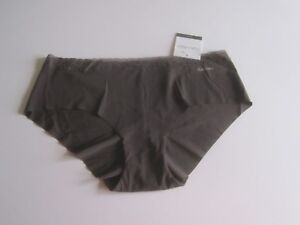 Calvin Klein Invisibles with Lace Hipster Panty D3518 S, M L MSRP $12 NWT