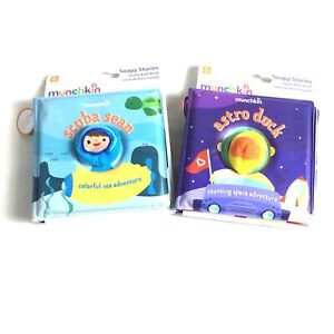 Munchkin Soapy Stories Finger Puppet Bath Books Space & Ocean LOT OF 2