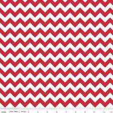 Riley Blake - Small Chevron in red - flannel  - 1 yard