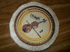 EXQUISITE  VIOLIN 1:12  MINI RUG ON FOR MUSIC ROOM IN YOUR  MINIATURE DOLL HOUSE