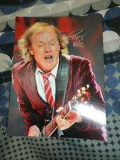 AC/DC ANGUS YOUNG SIGNED LIVE CONCERT PHOTO 8x6