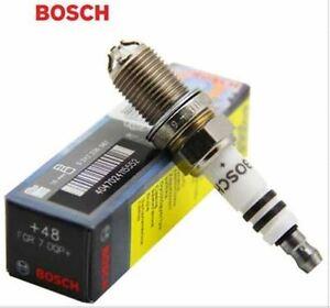 Ford Focus 1.8i & 2.0i Hatch & Sedan 2002-2005 Bosch Spark Plug Set of 4 HR8MCV