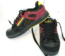 Tony Hawk Skateboard shoes for Boys size 5 Med Preowned Black . Yellow , Red .