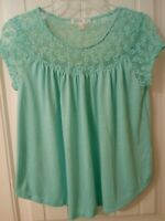 LOVE FIRE Juniors Sz Medium Cap Sleeve Mint Green with Floral Lace Peasant Top