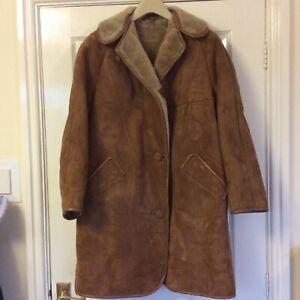 "Ladies High Society Sheepskin Coat, Size 40"""