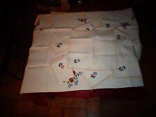 Grande Nappe Chemin de Table 8 Napperons Serviette Brodés Au Fleurs