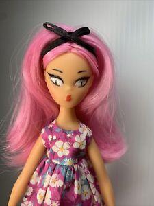 Mamzelle de Paris La Parisienne Kiraz doll Mint Beautiful RosePink Hair Series 3