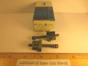 2 PCS FORD 1981/1985 ESCORT & MERCURY LYNX SCREW & NUT ASY (HEADLAMP ADJUSTING)