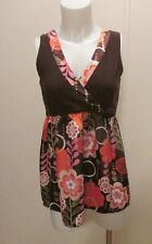 TARA RYAN SIZE MEDIUM TOP, SLEEVELESS, OPEN V NECKLINE, EMPIRE WAISTLINE
