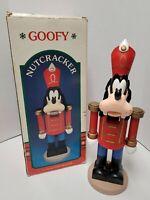"Goofy Nutcracker - The Disney Character Collection 15"" Kurt Adler Item # H1216"