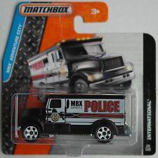 MATCHBOX-International Armored Car Noir/Blanc Police Nouveau/Neuf dans sa boîte