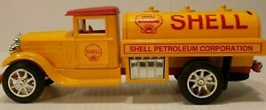 NEW SCALE MODELS 1931 STERLING SHELL TANKER TRUCK COIN BANK #GB-4099 SERIALIZED