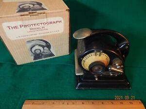 1912 G.W. Todd & Company THE PROTECTOGRAPH Model H Check Printing Machine w/Box