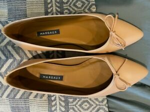 Margaux nude pointy toe flats. Size 38. Excellent condition.