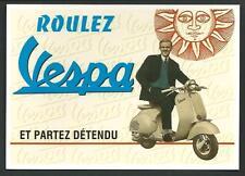 Vespa Piaggio. Riproduzione moderna su cartolina di pubblicità d'epoca