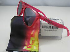 New Oakley FROGSKINS Limited Edition Acid Pink w/Grey 24-251