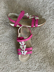 Clarks Air Spring Fx Girl's Size 1 Pink White Leather Sandals Butterfly