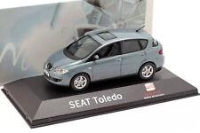Seat Toledo III Año de construcción 2004-2009 azul gris metalizado 1:43 seat