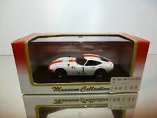 KYOSHO 03032F TOYOTA 2000GT FUJI 24h #1 - WHITE 1:43 - EXCELLENT IN BOX