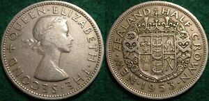 ONLY 120.000 MINTED LARGE 1953 1/2 CROWN NEW ZEALAND**NICE**