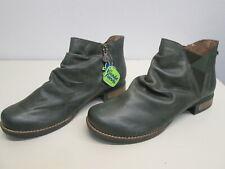 Wanda Panda Velia Green Leather Chelsea Slouch Ankle Boot Side Zip sz 42 $269 NW